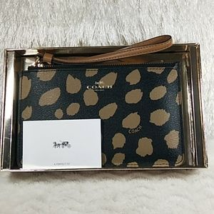 NEW COACH Brown Leather Wristlet